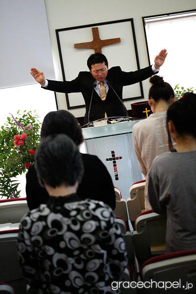 祭司の務をなすための祭司アロンの聖なる服
